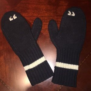 "Kate Spade 100% wool ""quotation"" Mittens"